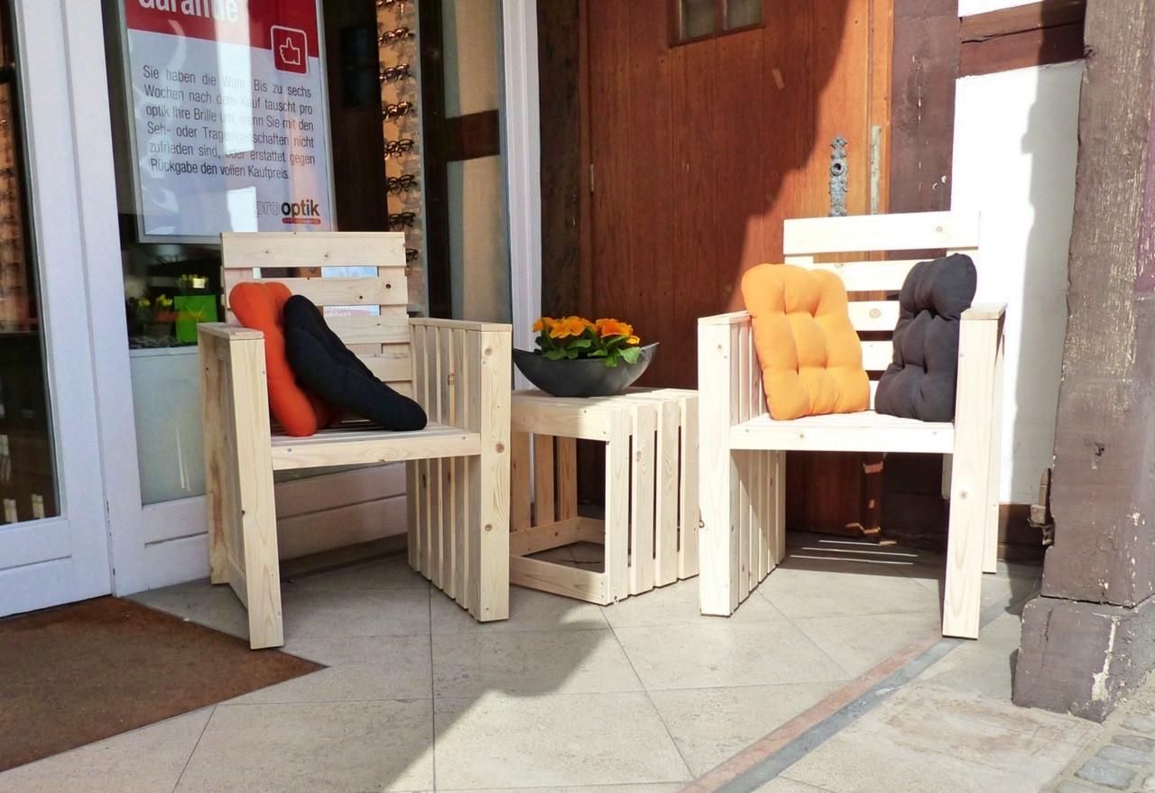 holz to go m bel for you. Black Bedroom Furniture Sets. Home Design Ideas